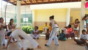 Crianças aprendem capoeira neste sábado na Cidade da Luz