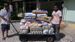 Campanha Natal Solidário da Cidade da Luz entrega alimentos para instituições beneficentes