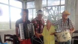 Festa de São João anima idosos da ACCABEM