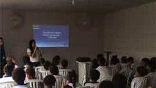 Palestra de educação ambiental para os alunos da Escola Carlos Murion.